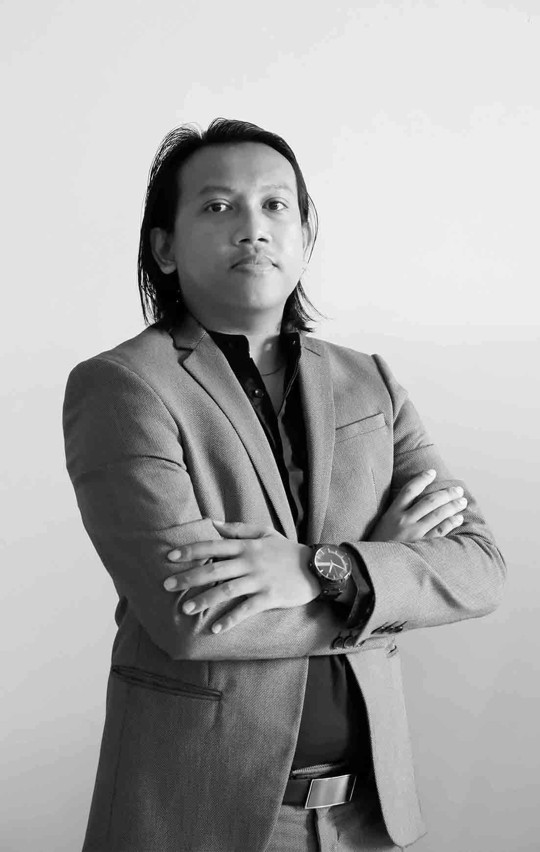 03 Yohanes Rieno Kuswariandaru - Office Manager